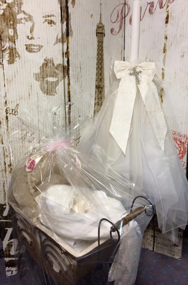 Candle 3 Layer Tulle & Caroline Pram with Contents