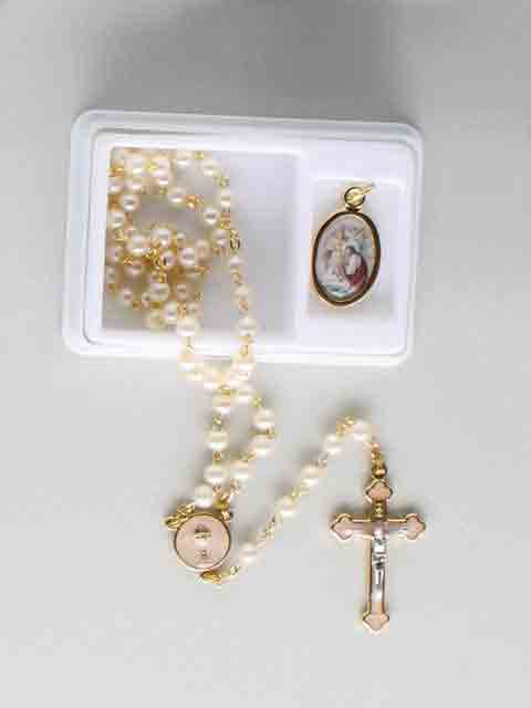Rosary Pearl Gold & Token