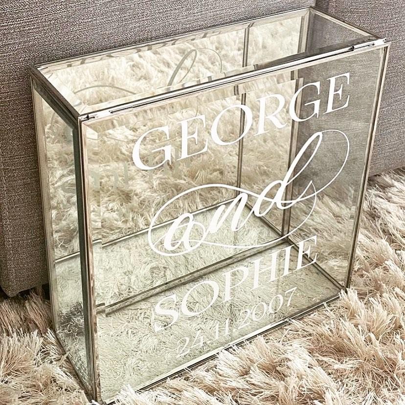 Glass Stefana Box