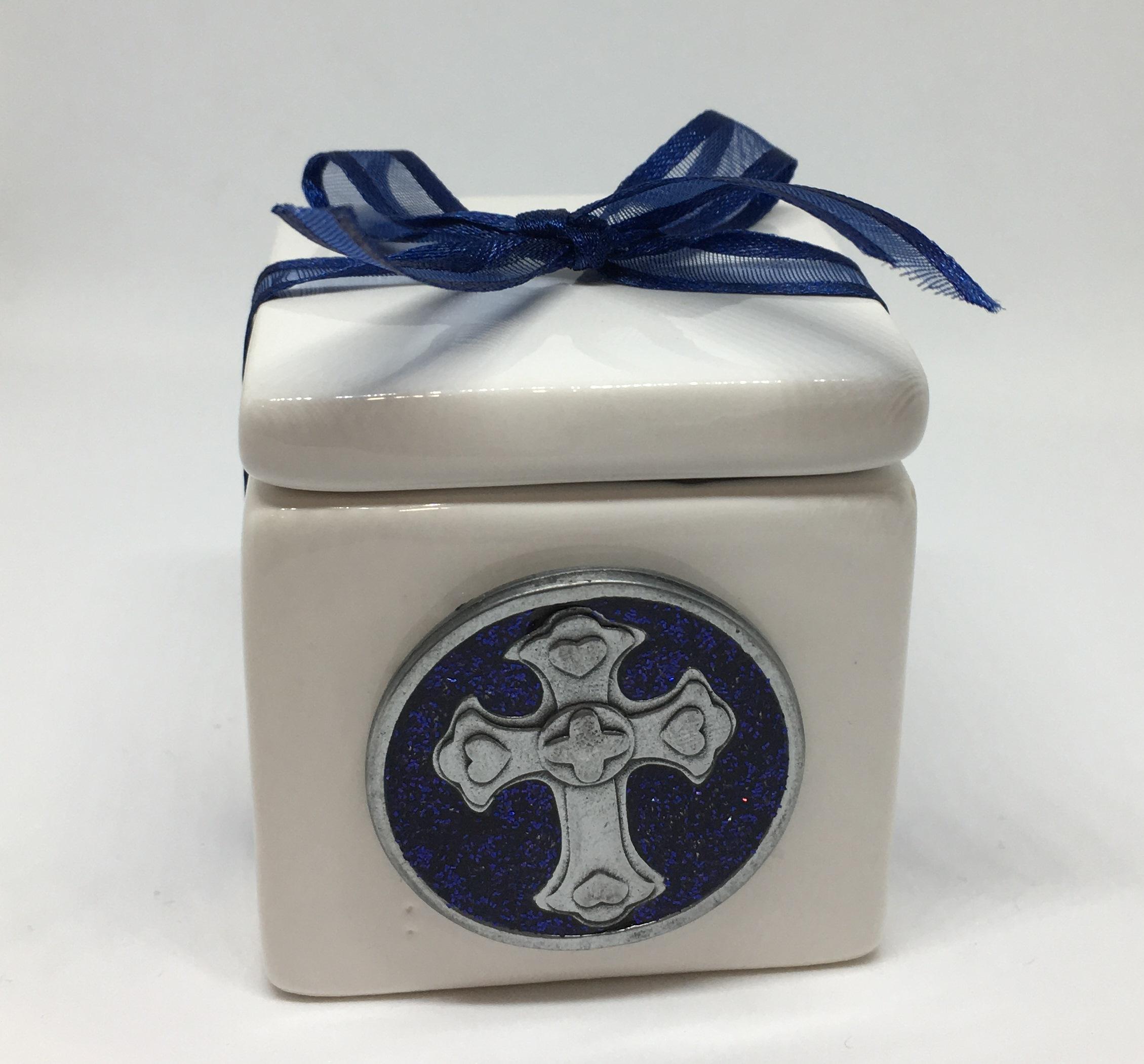 Ceramic trinket with Cross Token
