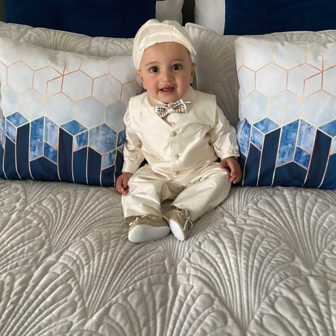 Ivory Raw Silk Boys Outfit with Burberry BowTie