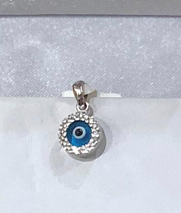 White Gold Eye